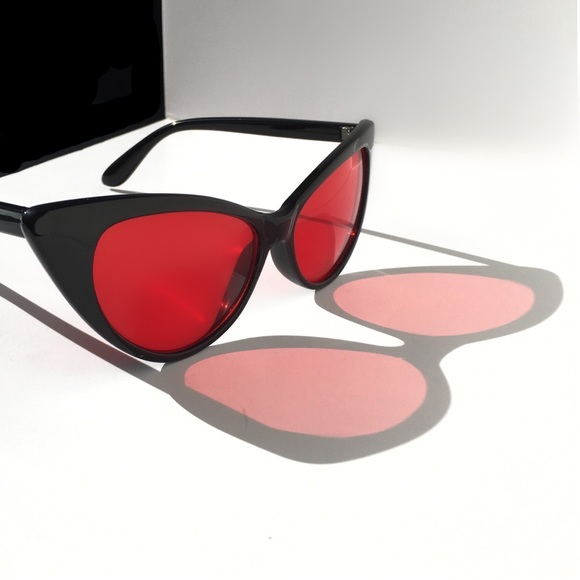 43e2bf2f7686 Oversized Cateye Sunglasses Black w Red Lenses